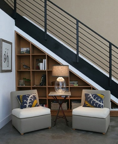 un rangement sous escalier gain de place et d co. Black Bedroom Furniture Sets. Home Design Ideas