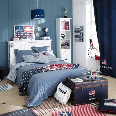 une chambre ado gar on style am rique gris bleu. Black Bedroom Furniture Sets. Home Design Ideas