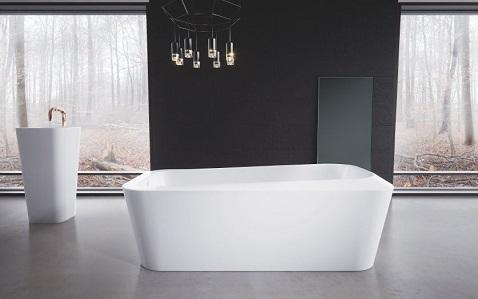 Hyper contemporaine, cette baignoire îlot rectangulaire à des angles arrondis pour un style très chic et tendance.