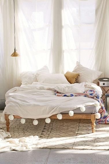 Chambre blanche et d co zen on adore for Chambre urban outfitters