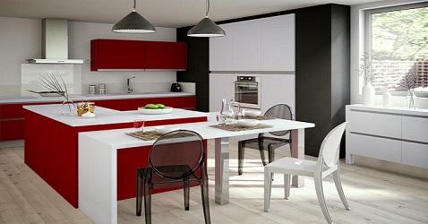 Une cuisine modulable rouge et blanche contemporaine.