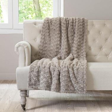 design plaid maisons du monde et autres douceurs pour lhiver limoges 11 limoges meteo. Black Bedroom Furniture Sets. Home Design Ideas