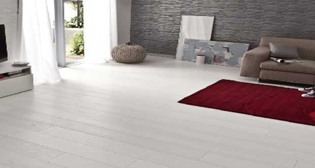 Parquet blanc le rev tement de sol bois blanchi c est chic for Solde decoration interieur