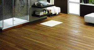 Du parquet pourune salle de bain, le revêtement de sol tendance de la salle de bain zen.Collé ou cloué, pose du parquet, nos conseils pour bien choisir.
