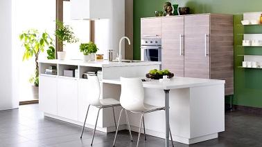 Petite cuisine ouverte avec lot central ikea for Amenagement cuisine ouverte avec ilot