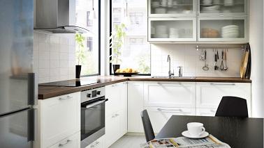 Petite cuisine 10 am nagements d co gain de place - Petite cuisine ouverte sur salon ...