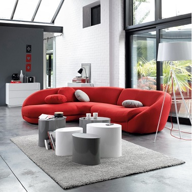 Salon design avec un canap rouge contemporain la redoute for La redoute maison et deco