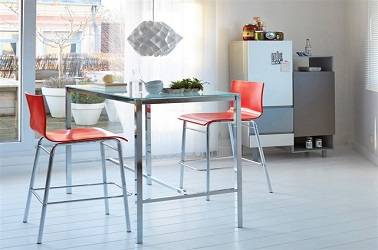 Petites tables de cuisine en 14 mod les d co gain de place for Table haute la redoute