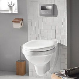 wc suspendu dans salle de bain carrelage blanc. Black Bedroom Furniture Sets. Home Design Ideas
