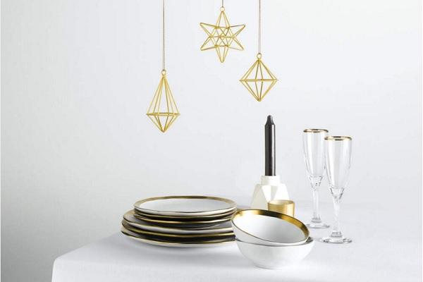 Déco Noël moderne pour art de la table à Noël.