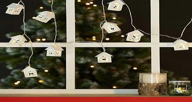 Une guirlande de Noël lumineuse quoi de mieux pour accueillir le père Noël ! Chaleureuse, douce, la lumière des guirlandes est l'atout charme de l'ambiance de Noël.
