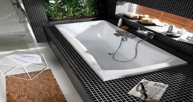 petite baignoire droite d 39 angle et baignoire sabot tendance. Black Bedroom Furniture Sets. Home Design Ideas