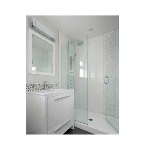 15 petites salles de bains pleines d 39 id es d co deco cool for Salle de bain gain de place