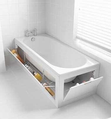 Petite salle de bains rangement baignoire astucieux deco for Salle de bain 5m2 avec baignoire