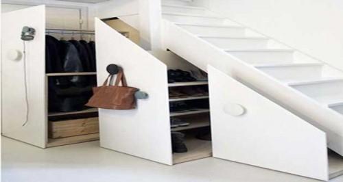 Bon plan placard et rangement chaussures sous escalier - Rangement chaussures sous escalier ...