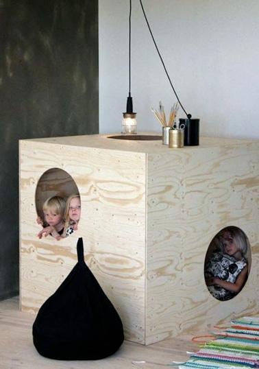 petite cabane pour enfant fabriquer pour la salle de jeux. Black Bedroom Furniture Sets. Home Design Ideas