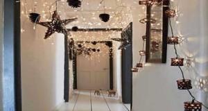 A Noël on décore toute la maison de guirlandes lumineuses, vases, boulesen rouge et blanc ounoir et doré... Déco Cool vous donne des idées pour une déco féerique à Noël