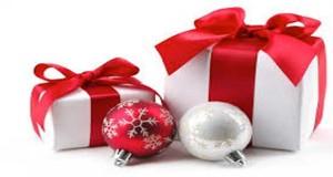 Un cadeau déco à Noël, une bonne idée. Offrir coussins, lampes, cadres lumineux ça fait toujours mouche à Noël. Déco Cool a fait sa liste de cadeaux chezMondesign