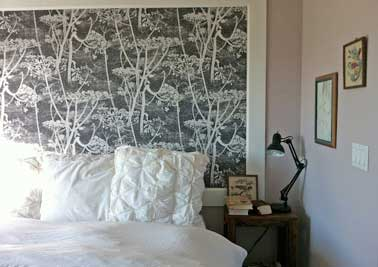 diy t te de lit originale avec un lai de papier peint. Black Bedroom Furniture Sets. Home Design Ideas