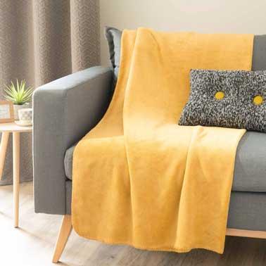 plaid moutarde esprit cocooning maison du monde. Black Bedroom Furniture Sets. Home Design Ideas