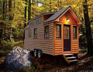 """La """"Tiny house», une maisonnette en bois mobile au prix abordable, 100% écolo ! Idéal pour faire face aux logements hors de prix et pour partir en vacances à moindre coût !"""