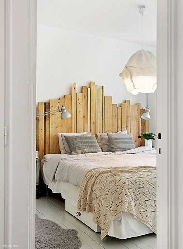 d co de chambre avec une t te de lit faite en palette bois. Black Bedroom Furniture Sets. Home Design Ideas