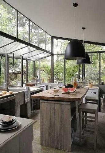 D co r tro dans une cuisine verri re donnant sur la jardin for Extension cuisine sur jardin
