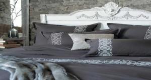 couette motifs g om triques pour d co de chambre cocooning. Black Bedroom Furniture Sets. Home Design Ideas
