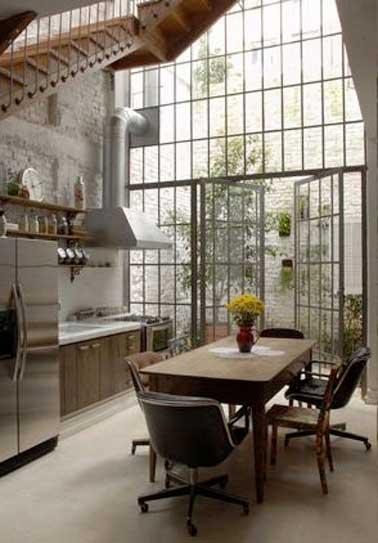 Mix de style d co dans la grande cuisine verri re for Verriere industrielle cuisine