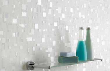 Papier peint salle de bain sp cial douche et murs - Papier peint effet miroir ...