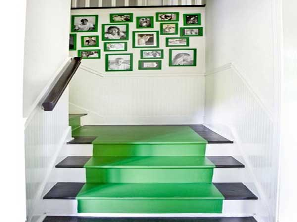 peindre un tapis en couleur verte dans cage d escalier. Black Bedroom Furniture Sets. Home Design Ideas