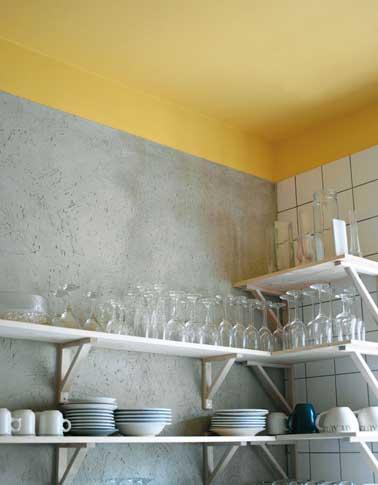 Une couleur jaune pour une d co p tillante for Peinture blanche pour plafond