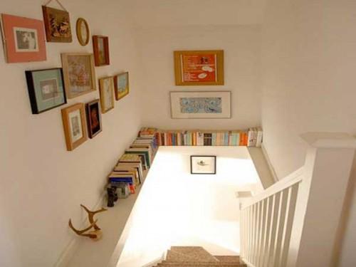 Poutre avec coin bibliotheque dans la cage d 39 escalier for Deco cage escalier interieur
