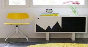 Pour relooker un meuble, rien demieux qu'une peinture pour meuble de couleur. Repeindre un meuble banal, repeindre l'intérieur d'un meuble de cuisine rustique, des idées couleurs déco avec la peinture meuble