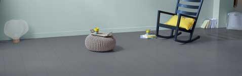 repeindre un parquet pour r nover la d co sol avec v33. Black Bedroom Furniture Sets. Home Design Ideas
