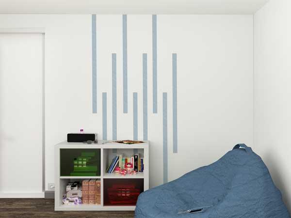 Du Masking tape couleur bleu comme déco de chambre. Trois rubans posés en alternance sur un mur blanc et c'est la pièce entière qui devient tendance
