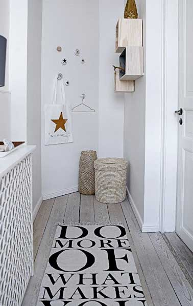12 id es d co pour styliser un couloir long troit ou sombre for Deco entree blanc