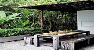 Aménagez votreterrasse et profitezdu plein air! Sous une pergola, des canisses, terrasse en bois ou aménagement terrasse avec petit jardin zen, les idées d'aménagement extérieur fusent