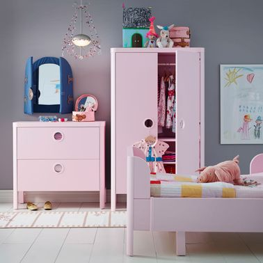 Une chambre de princesse ikea simple et design for Deco chambre simple