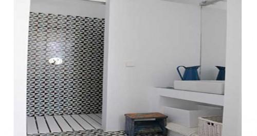 conseils d co pour installer douche italienne dans petite salle de bain. Black Bedroom Furniture Sets. Home Design Ideas