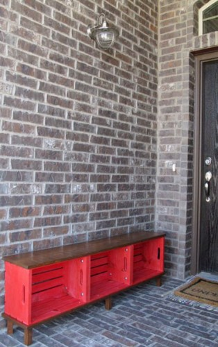 console de rangement fabriquer avec des caisses en bois. Black Bedroom Furniture Sets. Home Design Ideas
