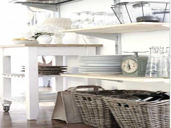 un rangement cuisine d co m me sans placards. Black Bedroom Furniture Sets. Home Design Ideas