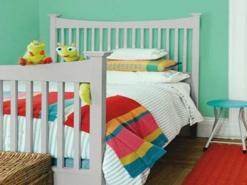 du vert et du gris pour une peinture chambre enfant. Black Bedroom Furniture Sets. Home Design Ideas