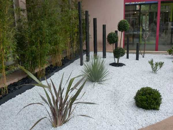 Comment am nager un jardin zen deco cool for Massif contemporain jardin