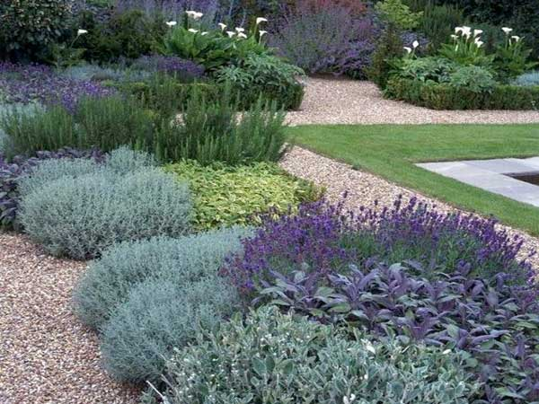 Comment am nager un jardin zen deco cool for Amenager un parterre