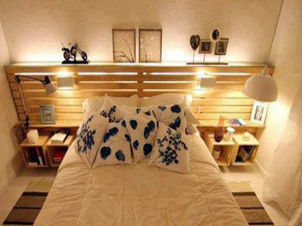 construire une tete de lit en bois avec rangement. Black Bedroom Furniture Sets. Home Design Ideas