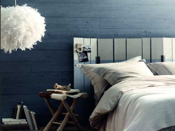 peinture chambre bleu et tete de lit en nuance de gris. Black Bedroom Furniture Sets. Home Design Ideas