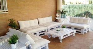Faire un salon de jardin en palette deco cool - Fabriquer un canape en palette ...