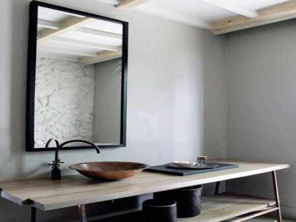 Salle de bain zen avec plan vasque en bois naturel for Salle de bain bois zen