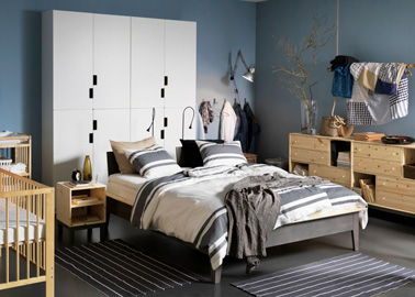un dressing ikea qui fait t te de lit. Black Bedroom Furniture Sets. Home Design Ideas